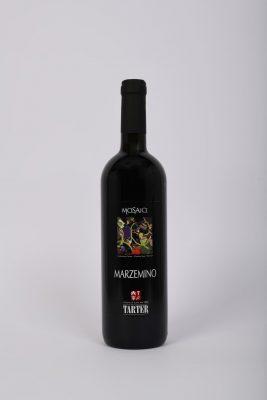 Bottiglia di vino rosso trentino marzemino